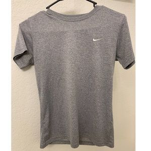 NIKE DRY FIT SHIRT - Grey Small